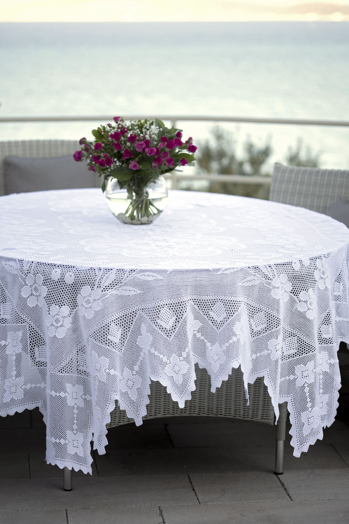 brfnvqhmf table on the g complete guide to tablecloths buying ebay cloths gds